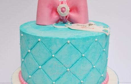 BowCake-Birthday-Cake