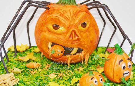 SpookyPumpkin-Sculpted-Cake